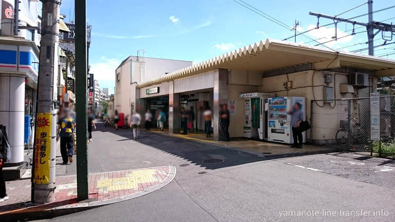 JY06 山手線 鶯谷駅 外観写真