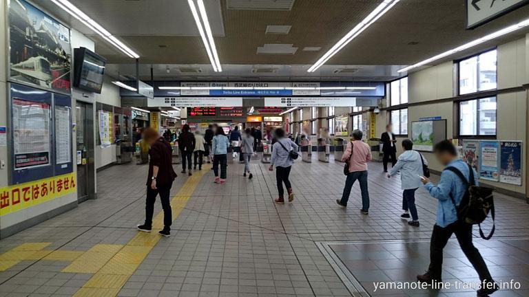 高田馬場駅 西武新宿線のりかえ改札3Fの写真